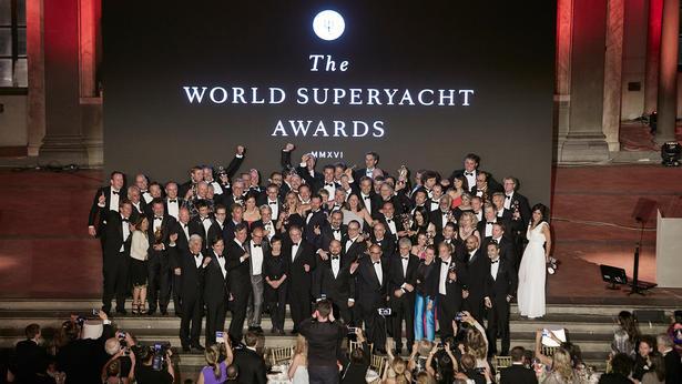 superyacht foto di gruppo