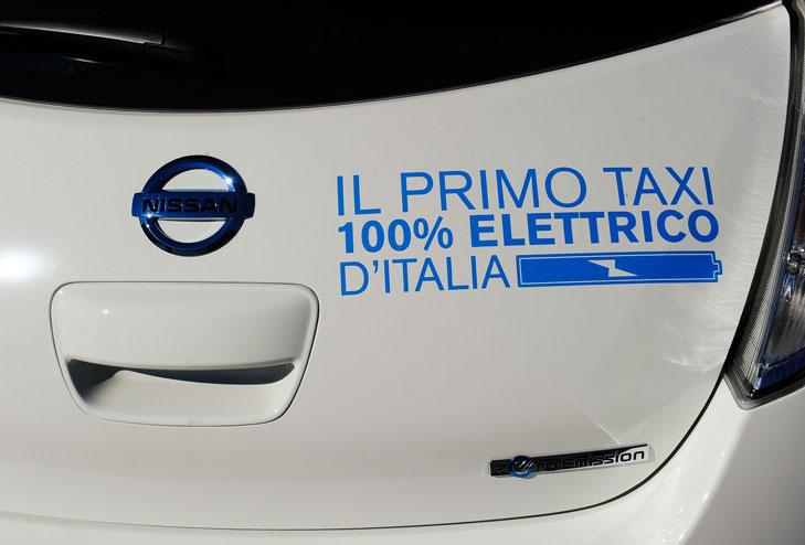 taxi elettrici 100×100