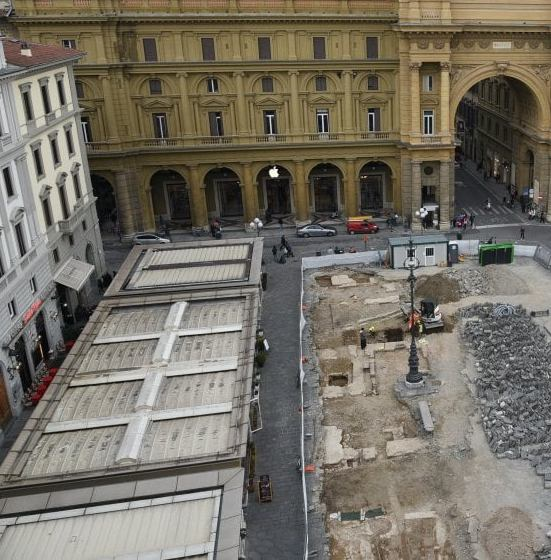 scavi piazza repubblica